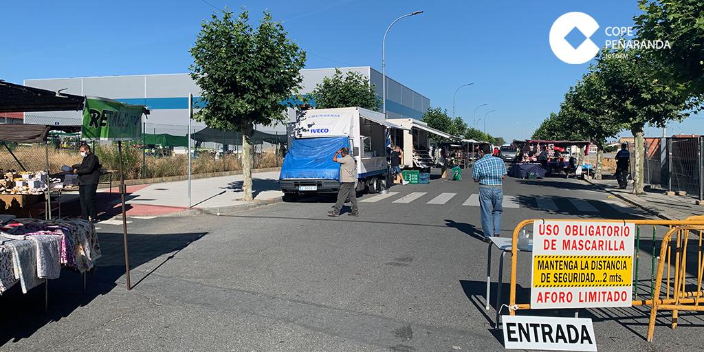 El Ayuntamiento reubica el mercadillo en Cordel de Merinas