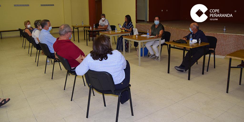 Alcaldes y vecinos de la zona de Cantalapiedra se quejan por la cita previa telefónica para su médico de familia