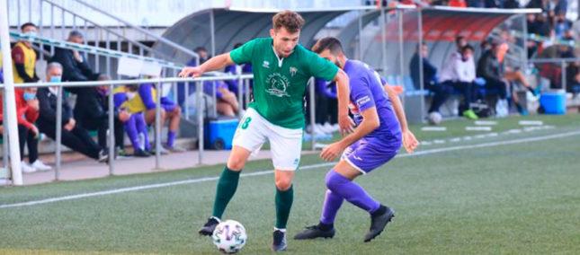 Un buen CD Peñaranda cae en Guijuelo por 2-0