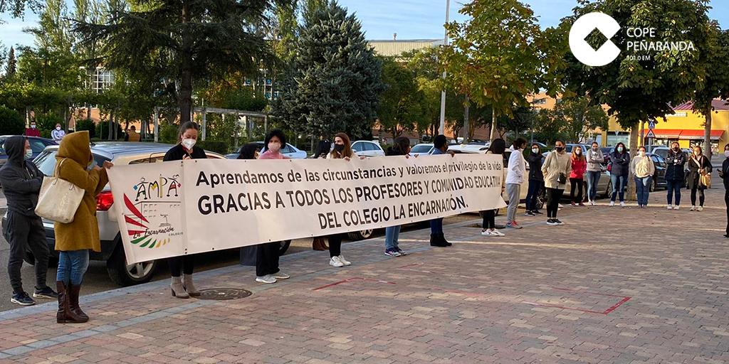 Los padres del Colegio La Encarnación agradecen la labor de educadores y comunidad educativa