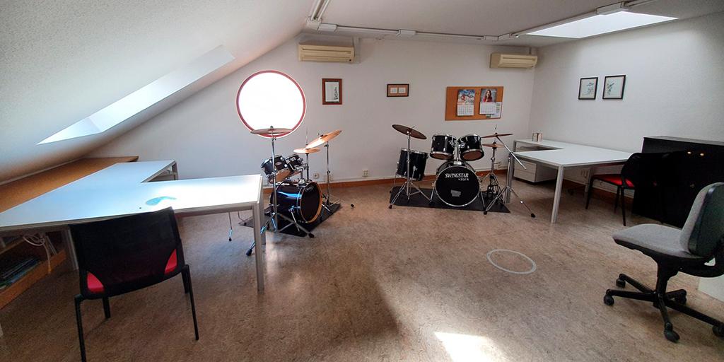 80 alumnos comienzan las clases presenciales de la Escuela municipal de Música