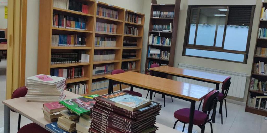 Villoria reabre la biblioteca municipal