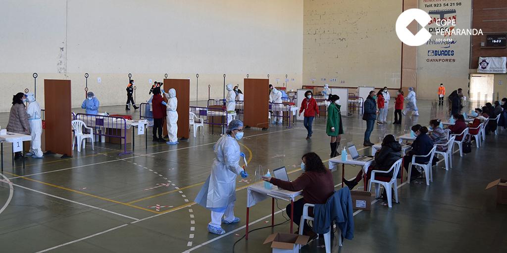 Más de 600 personas se realizan el test de antígenos en la primera jornada de cribado masivo