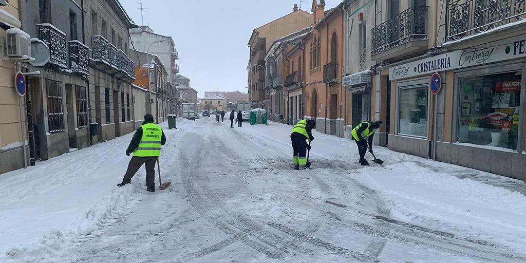 El Ayuntamiento pone en marcha un ampliado plan de actuación frente a la nevada