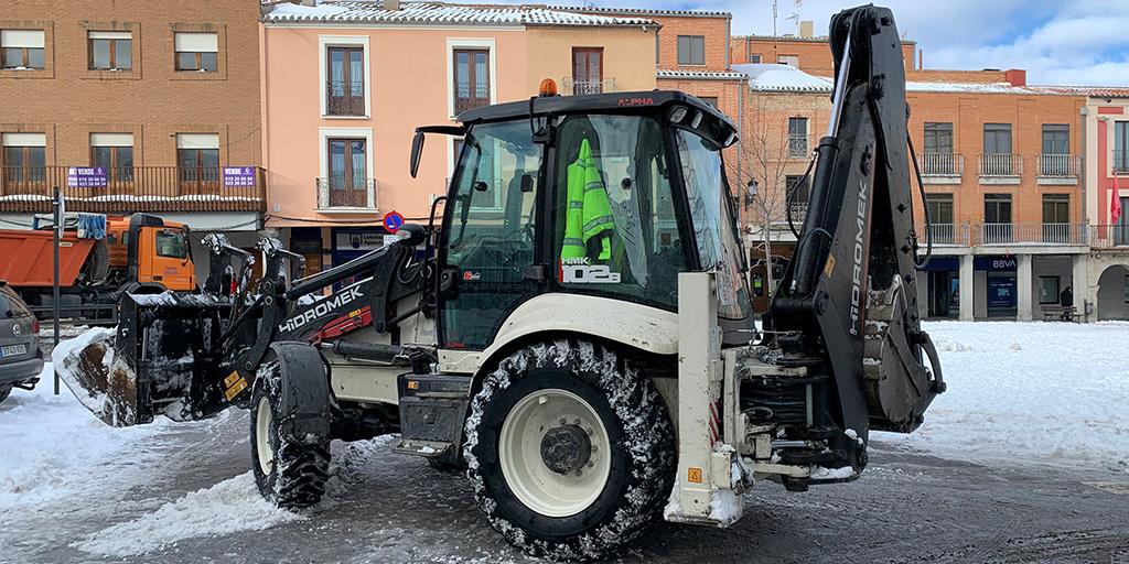 Peñaranda continua limpiando la nieve de las calles