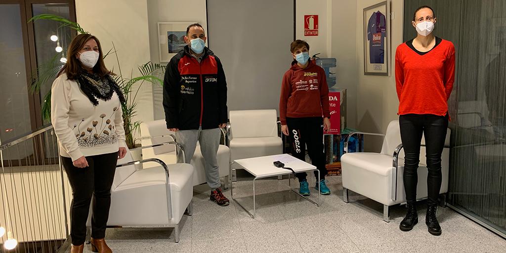 El reto solidario de Triatlon 37300 recauda 762 euros