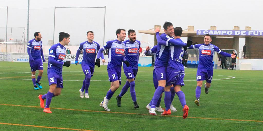 Un solitario gol a balón parado de Villardón da los tres primeros puntos del 2021 para los morados