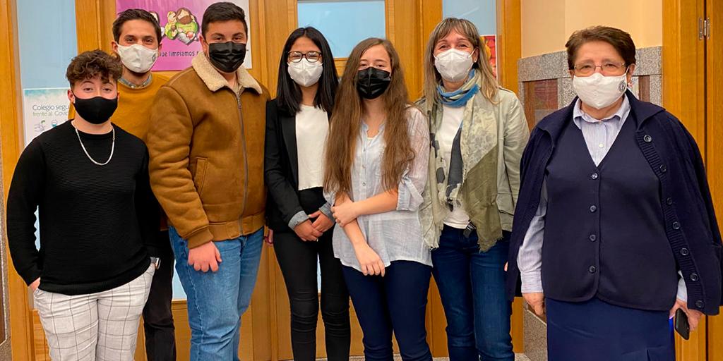 Alumnos del Colegio La Encarnación ganan el concurso del proyecto «Somos más»