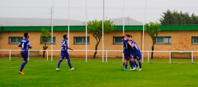 Victoria contundente por 0-2 del CD Peñaranda ante el Real Burgos