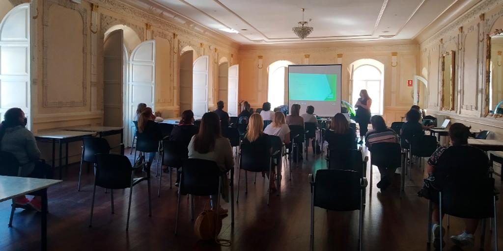 30 personas se forman en uno de los cursos de Acopedis