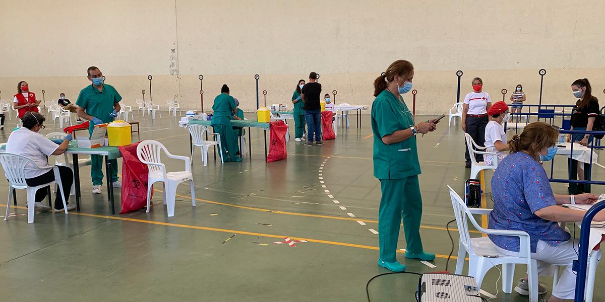 500 jóvenes recibieron la segunda pauta de la vacuna