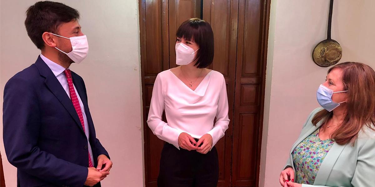 La Ministra de Ciencia en su visita a Peñaranda