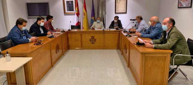 Los concejales de la mancomunidad reunidos en el último pleno