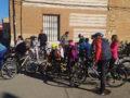 Un centenar de personas participa en el Día de la bici de Villoria
